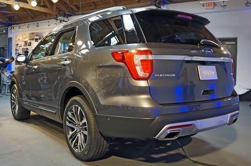2016-Ford-Explorer-7-4914-1416392088