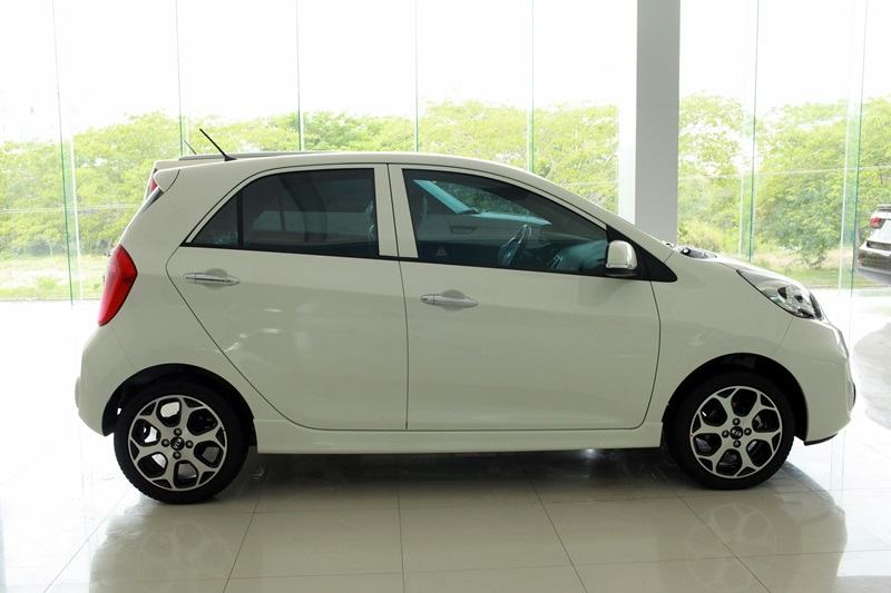 ford-fiesta-benthanh-ford-0917039069-1