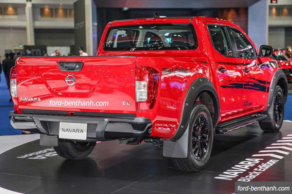Nissan-navara-2017-black-edition-ford-benthanh-04