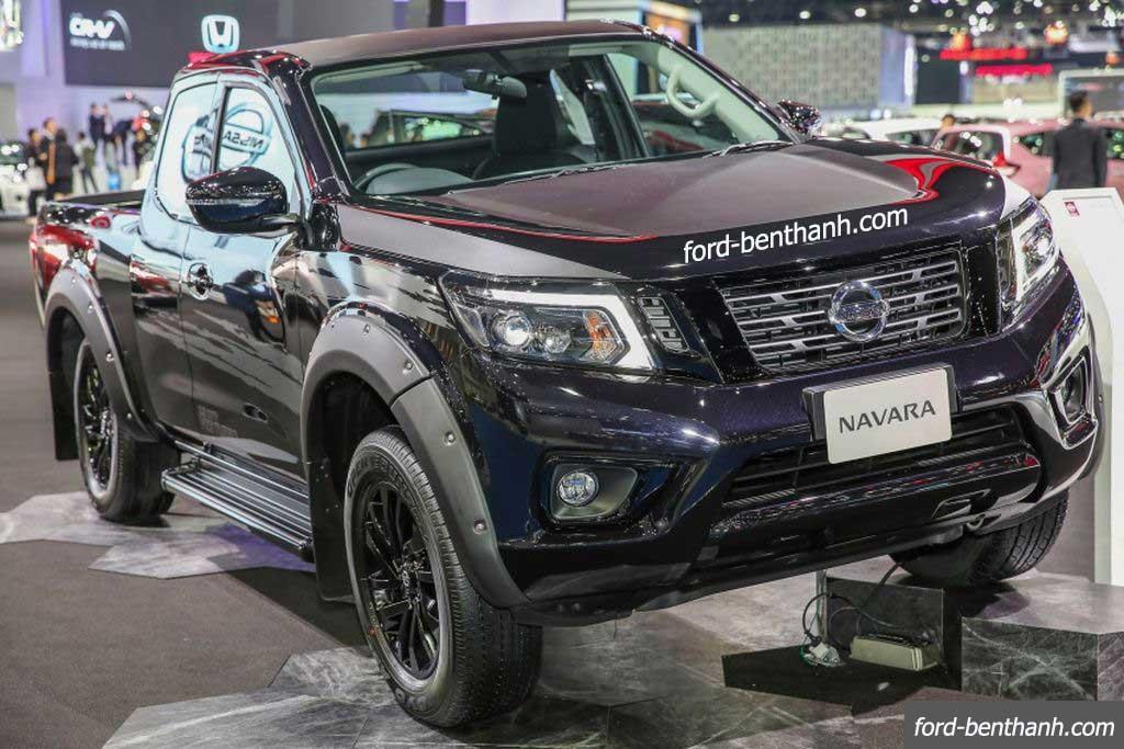 Nissan-navara-2017-black-edition-ford-benthanh-12