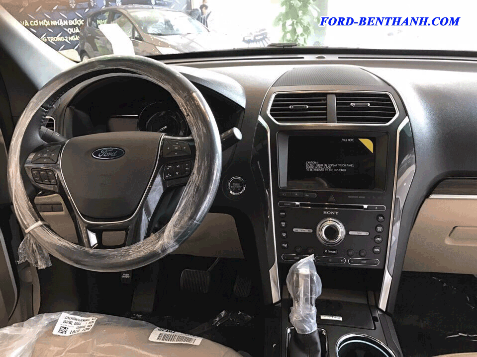 ford-explorer-nh-p-m--ford-ben-thanh-08
