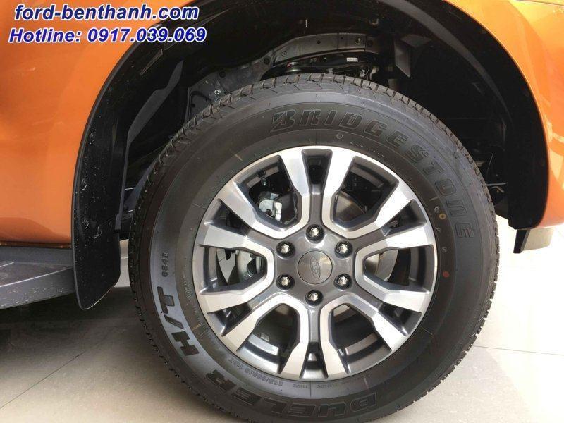 ford-ranger-2017-gia-xe-ford-ben-thanh-08 )