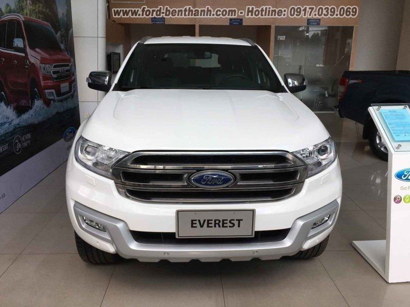 mua-xe-ford-everest-tra-gop-tai-ben-thanh-ford-01 (FILEminimizer)
