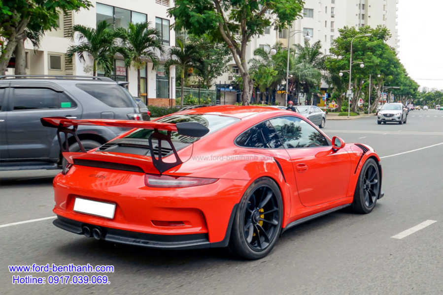 Porsche_911_GT3_RS_cua_cuong_dollar_Ford-Benthanh_2 ford-ben-thanh-giao-xe-0917039069