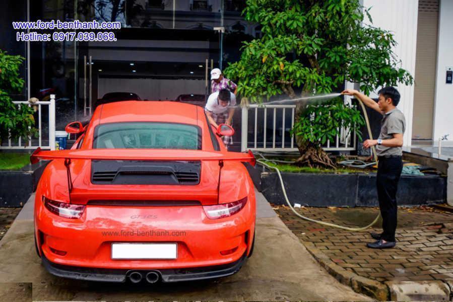 Porsche_911_GT3_RS_cua_cuong_dollar_Ford-Benthanh_5 ford-ben-thanh-giao-xe-0917039069