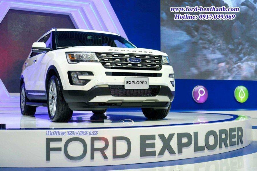 Triển Lãm Việt Nam Motor Show 2017 – Ford Explorer