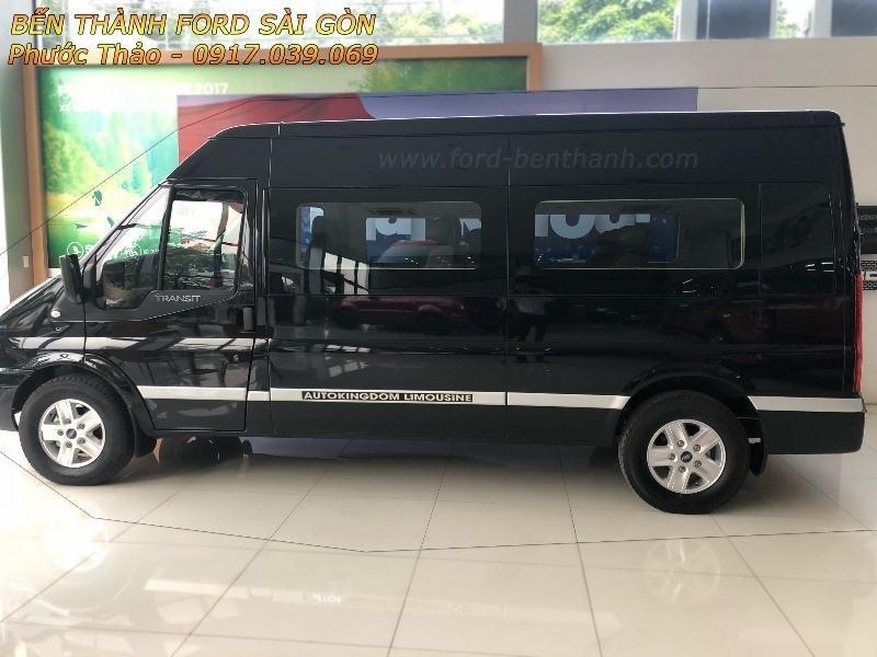 Giá Xe Ford Transit Limousine 2018
