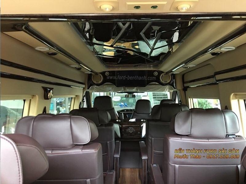 gia-xe-ford-transit-2018-limousine-ben-thanh-ford-sai-gon-0917039069-04 (800x600)