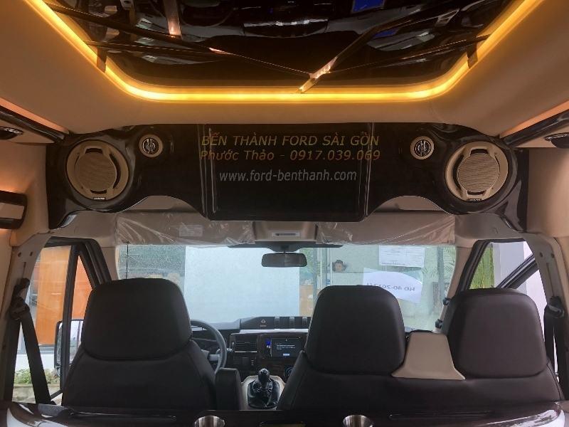 gia-xe-ford-transit-2018-limousine-ben-thanh-ford-sai-gon-0917039069-06 (800x600)