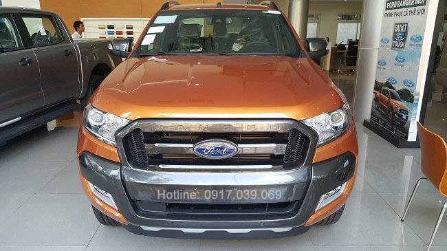 Giao xe Ford Ranger 3.2 tại Bến Thành Ford.