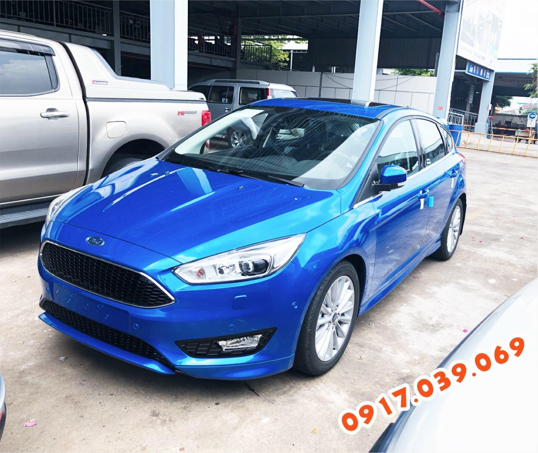 Ford Focus 2018 Màu Xanh tại Bến Thành Ford - Hotline: 0917039069