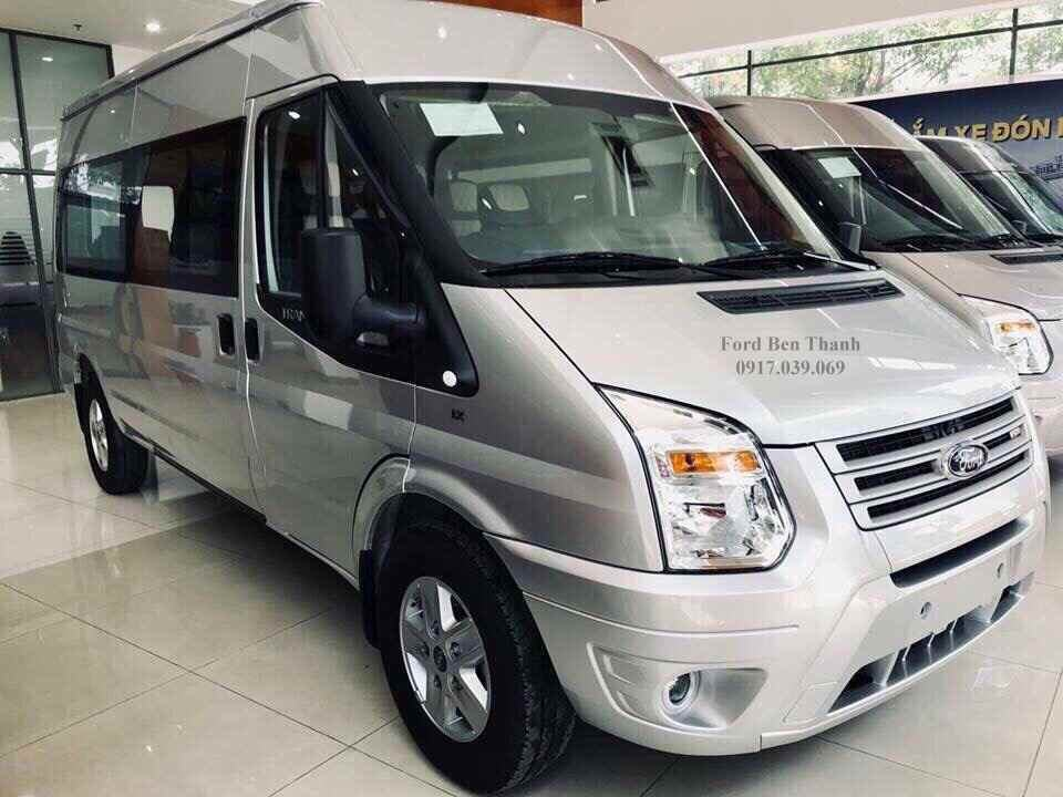 Giá Xe Ford Transit Limited 2019
