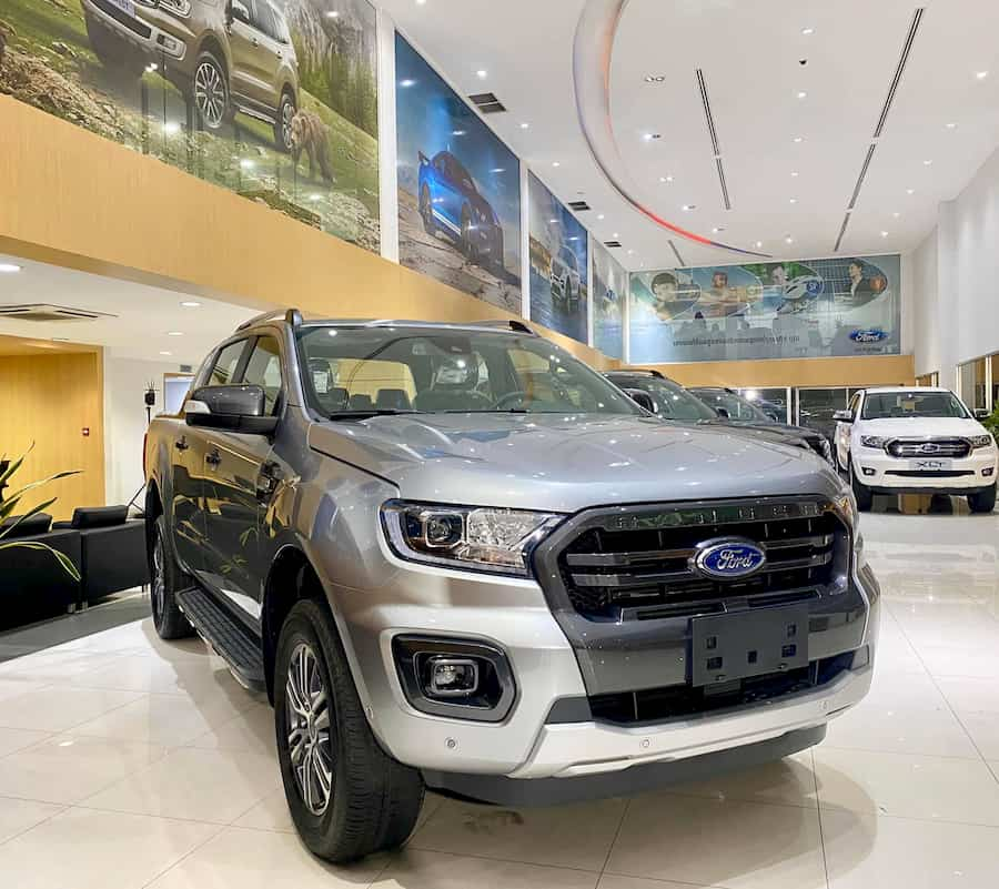 Ford Ranger WildTrak màu bạc Mới - Bến Thành Ford. ĐT: 0917039069
